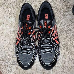 Men's ASICS shoes perfect condition